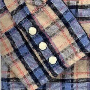 Carhartt flannel shirt—soft. EUC.